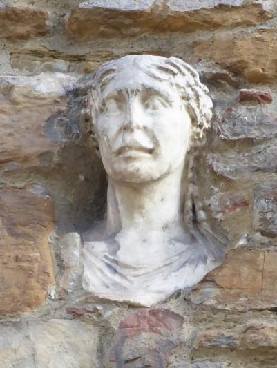 1092. Santa María Maggiore. Berta convertida en piedra