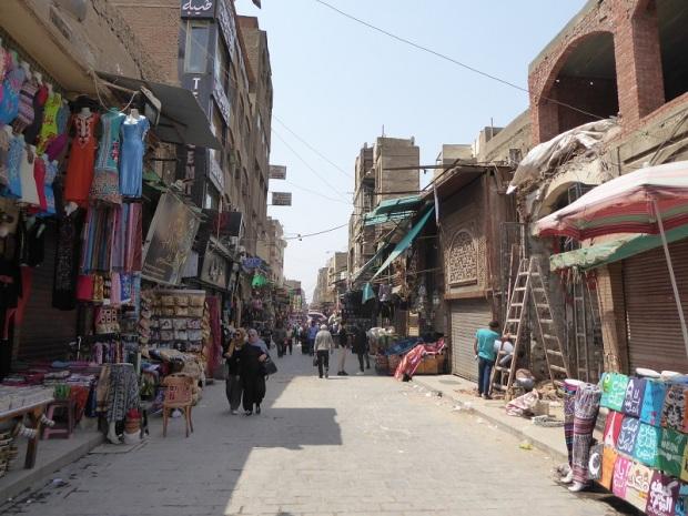 1098. El Cairo. Mercado del Viernes