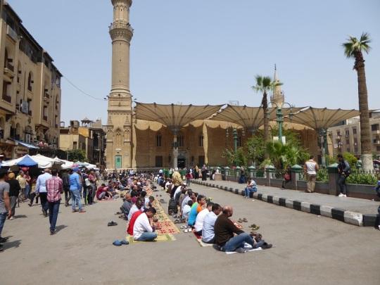 1099. El Cairo. Oración del Viernes