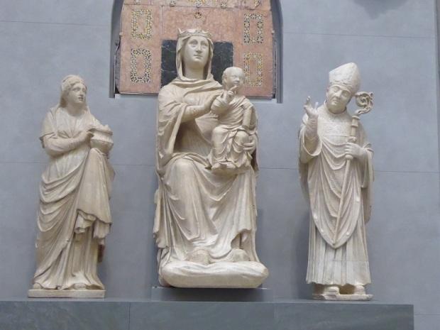 115. Museo della Opera del Duomo. Virgen de los ojos de cristal, Santa Reparata y San Zenobio. Arnolfo di Cambio. 1300-1310
