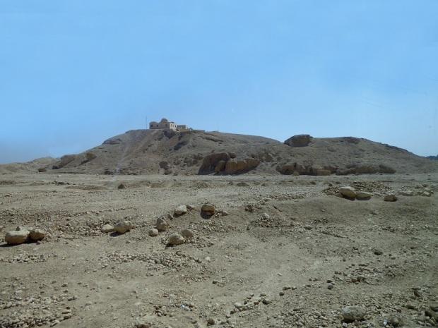 135. Luxor. Hacia el valle de los Reyes