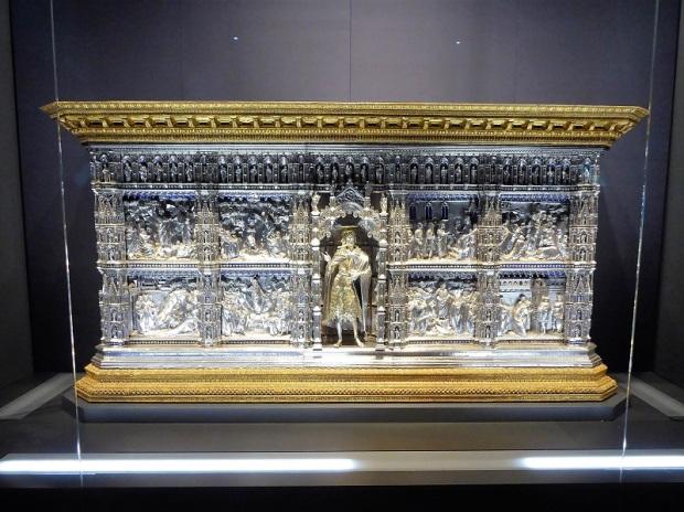 138. Museo della Opera del Duomo. Altar de plata de San Juan. Obra de mIchelozzo, Cenni, Veerrocchio y otros.1367.1483. Procede del Batisterio