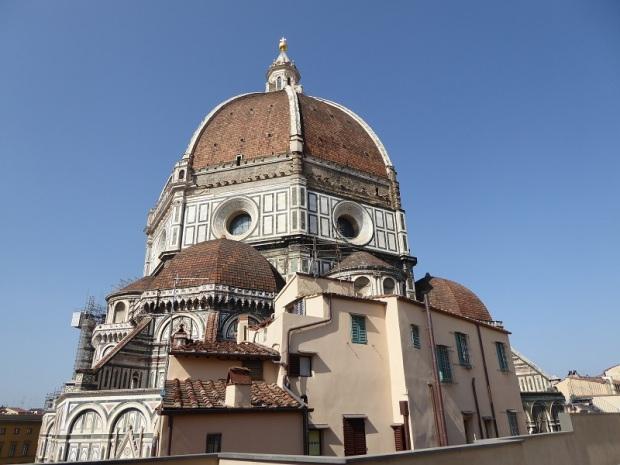 145. La cúpula del Duomo desde el Museo della Opera del Duomo