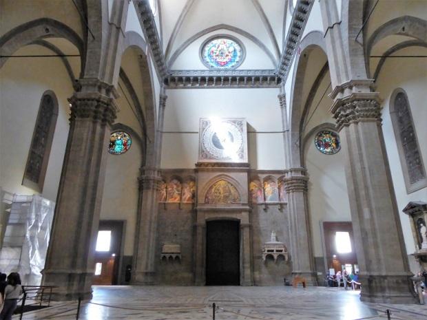 167. Duomo. Contrafachada