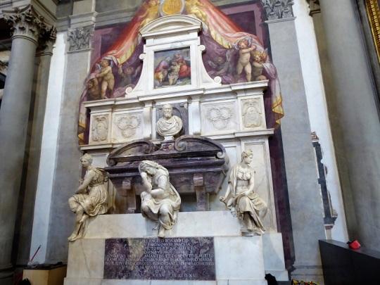 192. Santa Croce. Tumba de Miguel Ángel