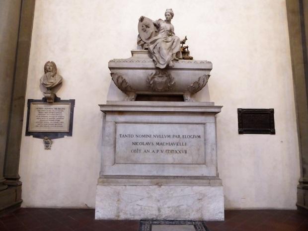 195. Santa Croce. Tumba de Maquiavelo