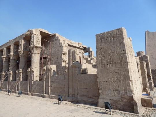 251. Edfu. Templo de Horus