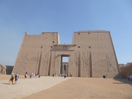254. Edfu. Templo de Horus