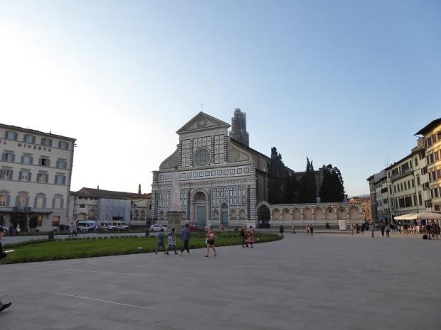 272. Piazza Santa Maria Novella