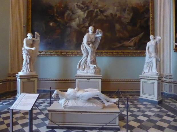 310. Los Uffizi. Sala de Niobe