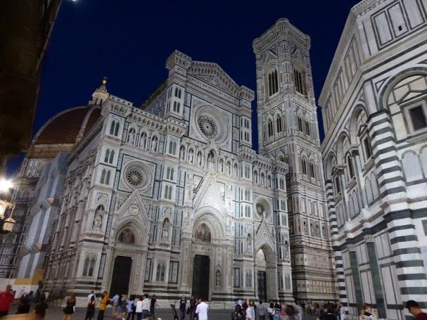 413. Duomo y Campanile