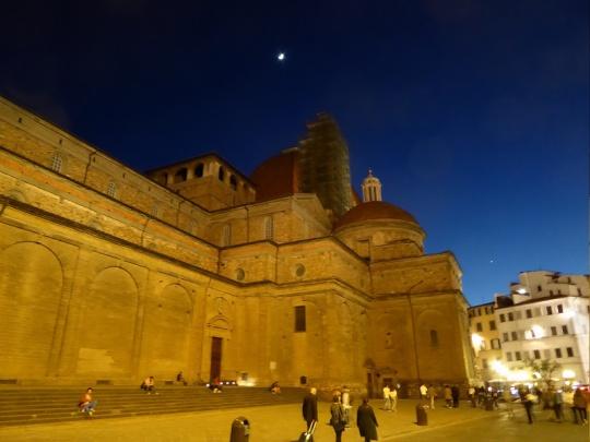 419. Piazza San Lorenzo