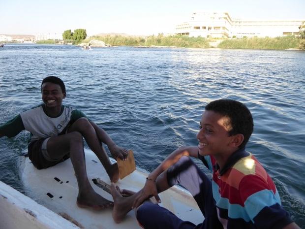 569. Paseo en barca alrededor de la isla Elefantina