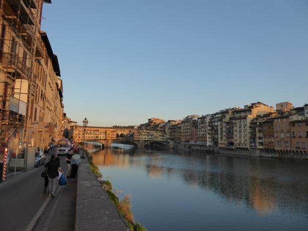 583. El Arno