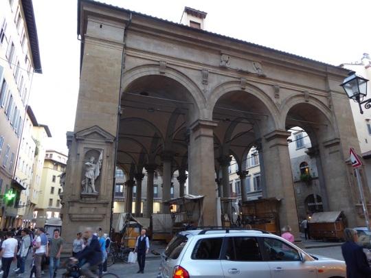 600. Piazza del Mercato Nuovo