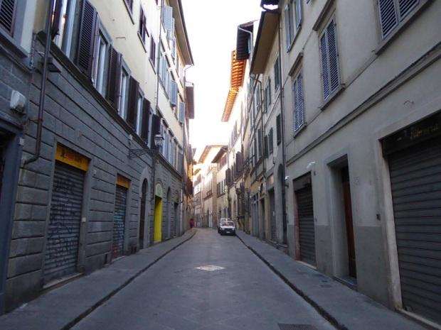 603. Las calles en domingo a primera hora