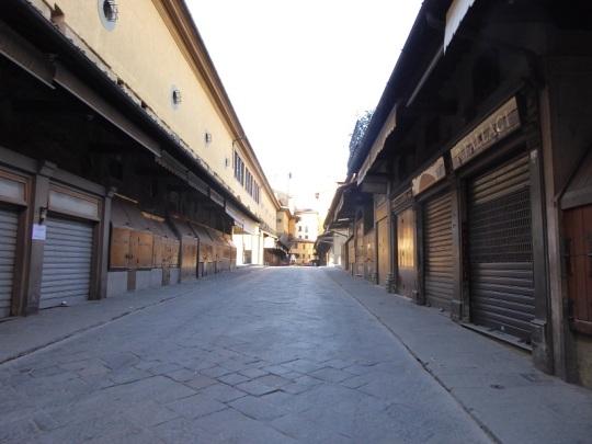 613. Ponte Vecchio sin gente