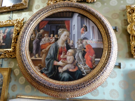 643. Palazzo Pitti. Galería Palatina. Virgen con el Niño. Filippo Lippi