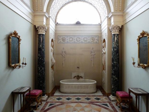 647. Palazzo Pitti. Galería Palatina. Baño de Napoleón