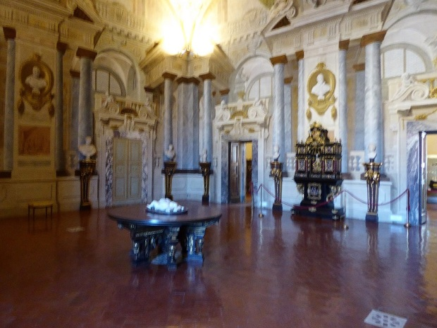 678. Palazzo Pitti. Tesoro de los Medici.