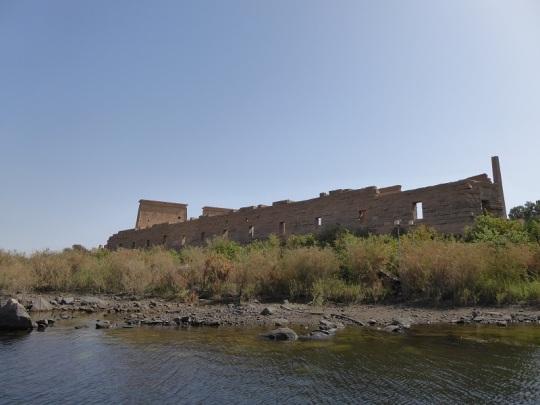 689. En barca hacia el templo de Filae