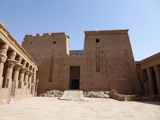 711. Templo de Filae