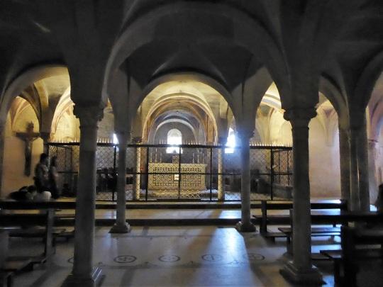 781. San Miniato. Cripta