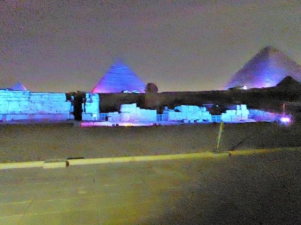 785. Luz y sonido en las Pirámides
