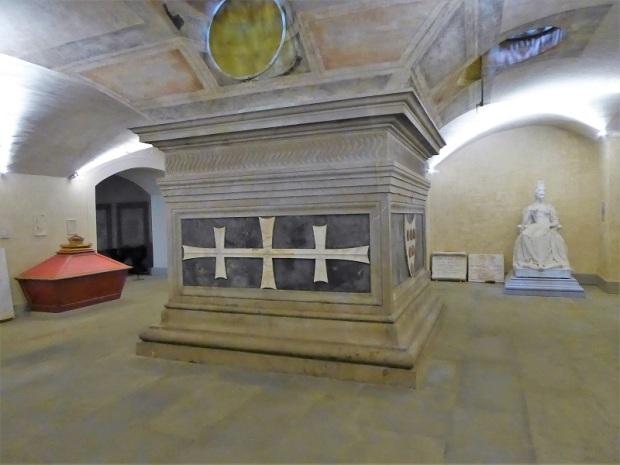814. San Lorenzo. Tesoro. Sepulcro de Cosme de Medici