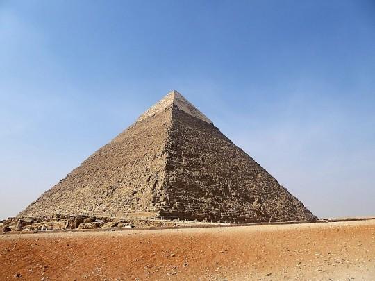 855. Pirámide de Kefrén