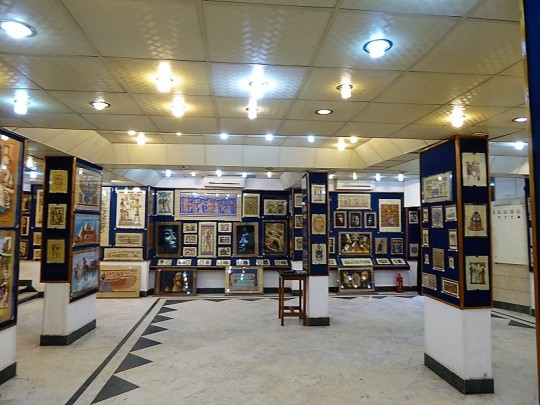 960. Fábrica de papiros