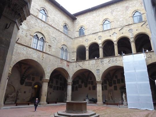 999. Museo del Bargello