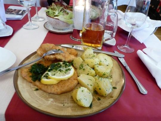 021. Restaurante. Wiener Schnitzel