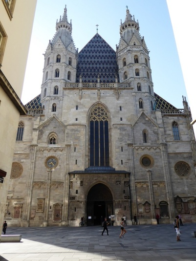 025. Catedral