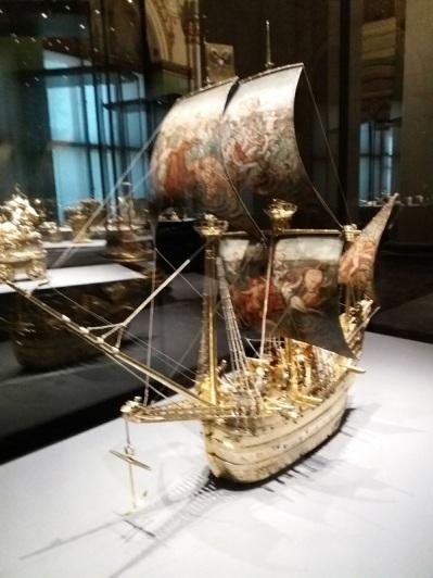 094. Museo de Bellas Artes. Autómata con forma de barco. Hans Schlottheim. 1585