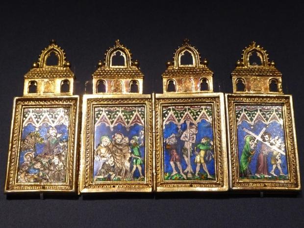119. Museo de Bellas Artes. Esmaltes. Norte de Francia. Mediados XIV