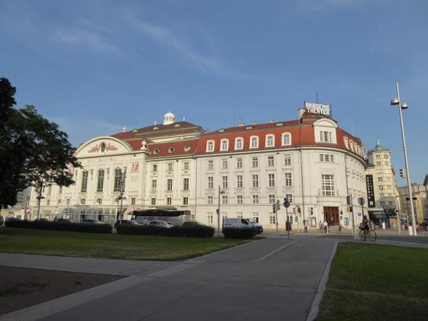 216. Lothringerstrasse. Teatro Academia