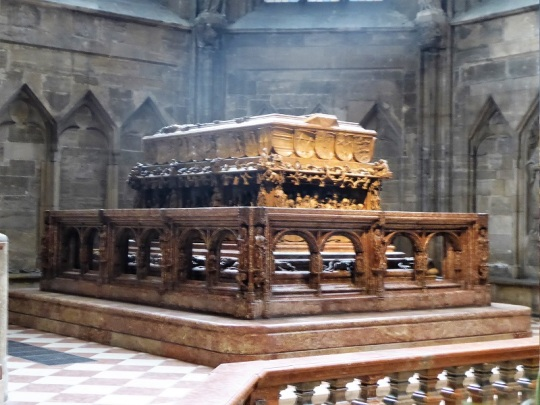 239. Catedral. Sepulcro de Federico III