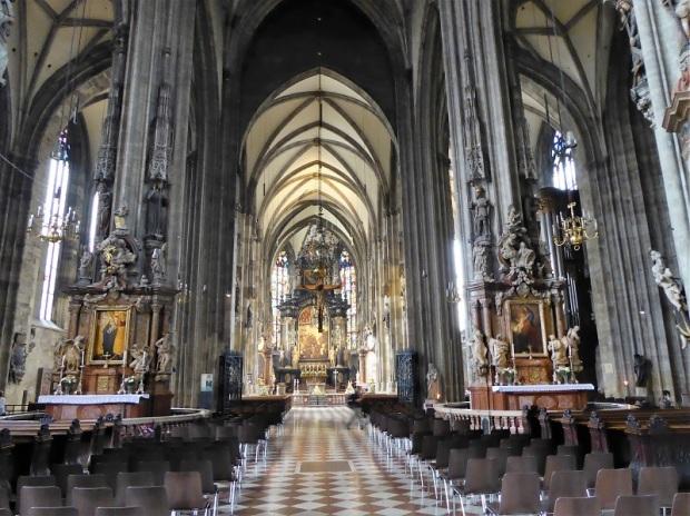247. Catedral. Púlpito