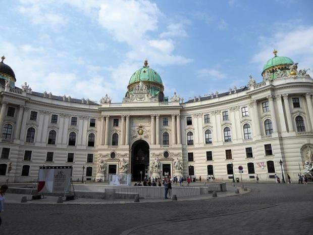 251. Hofburg
