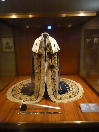 259. Schatzkammer. Vestuario de coronación de los emperadores como reyes de Lombardía y Véneto.