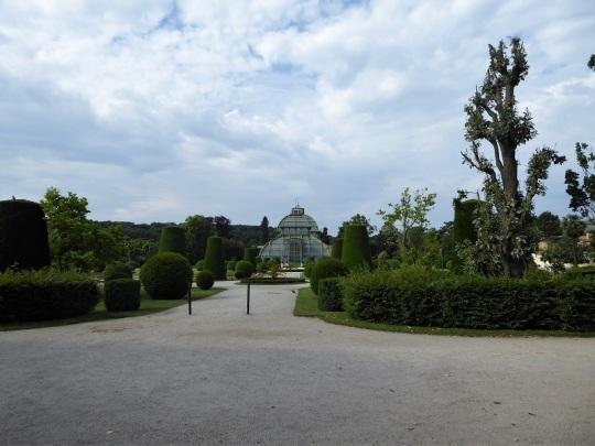 362. Schönbrunn. Jardines