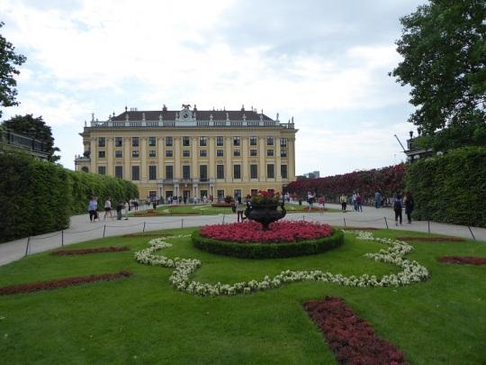 371. Schönbrunn