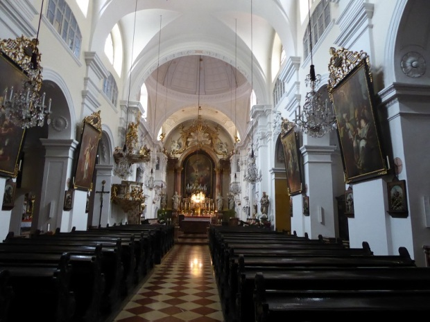 398. Taborstrasse. Iglesia de los Hermanos de la Misericordia de San Juan de Dios