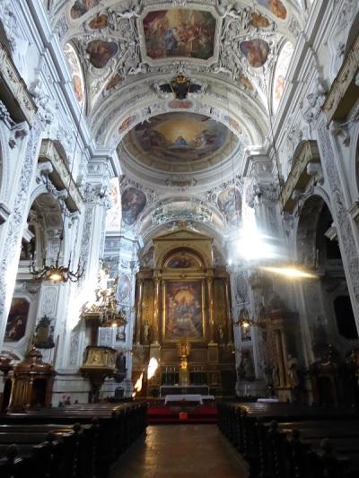 564. Iglesia de los Dominicos