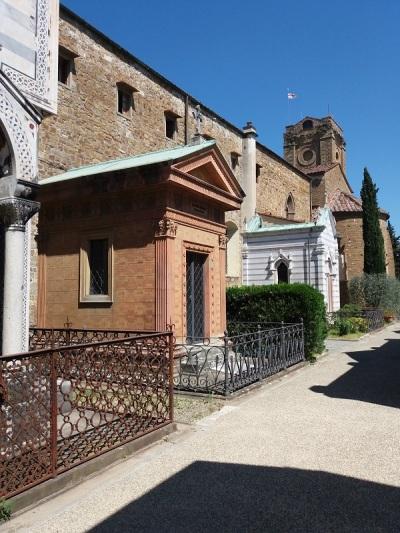 744. San Miniato. Cementerio
