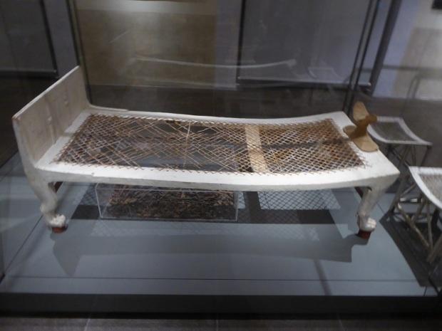 128. Museo Egipcio. Cama de Kha. XVIII dinastía. Deir el-Medina