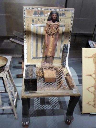 129. Museo Egipcio. Estatuilla de Kha. XVIII dinastía. Deir el-Medina