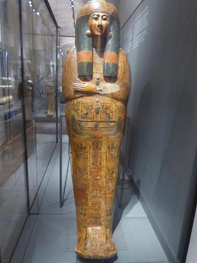 136. Museo Egipcio. Sarcófago de Taba-Kenhonsu