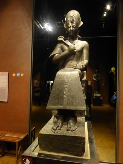 162. Museo Egipcio. Estatua de Ramsés II. Imperio nuevo. XIX dinastía. 1279-1213 a. C. Karnak. Templo de Amón